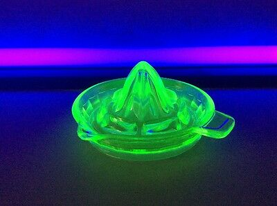 Retro Atomic Uranium Depression Vaseline Glass Medium Juice Reamer