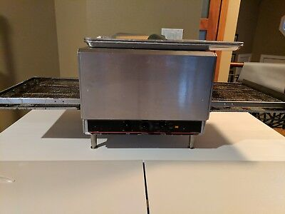 Lincoln Impinger 1301-8 1Phase electric oven. Very good condition.