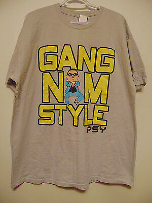 Gang Nam Style Gray Short Sleeve T-shirt Men's XL, Yellow & Blacked Stamped Logo