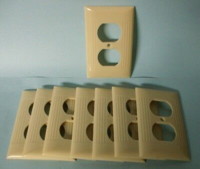 Vintage Sierra Ivory Ribbed Outlet Plate'S Qty. 8 Nos