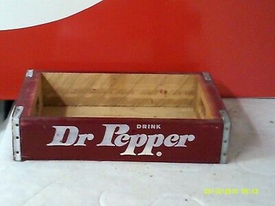 Dr Pepper Wooden Soda Crate   Excellent Shape