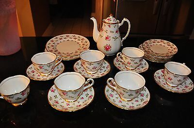 ROYAL CHELSEA ENGLISH BONE CHINA  BRITANNIA  MADE IN ENGLAND - 30 Tea Party Set