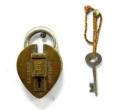 Rare Vintage Collectible Beautiful Solid Brass Crafted Indian Padlock. i42-30