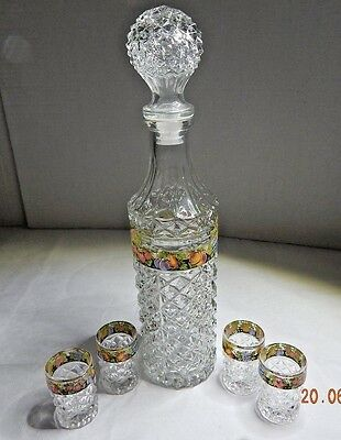 Vintage Diamond Cut Depression Glass Decanter ~ 4 Shot Glasses With Fruit Decor