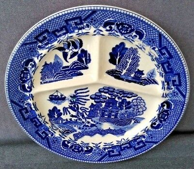 """VINTAGE BLUE WILLOW 10 3/8"""" DIVIDED DINNER PLATE  Made in JAPAN"""