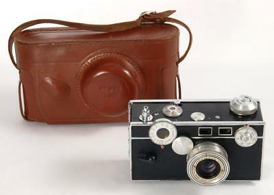 Argus C3 35mm Film Camera w/Leather Case Great Condition Working Properly - 1948