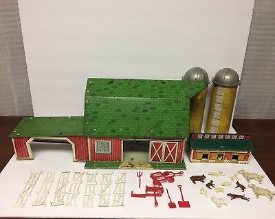 Newly Listed! VINTAGE MARX HAPPI TIME FARM PARTIAL PLAY SET w/two Barnes