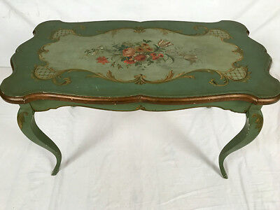Coffee Table style Louis XV decoration flowers