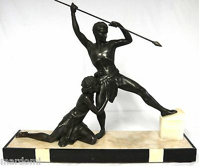 224 Stunning Art-Deco Statua Of A Bronze Colored Javalin Thrower On Marble Base