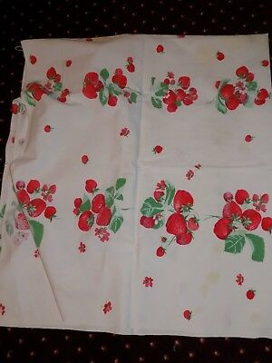 """Vintage Cotton Tablecloth Printed Strawberries 50"""" x 54"""" 1950s Great Cutter"""