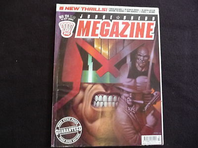 Judge Dredd Megazine no 224 comic (LOT#1689)