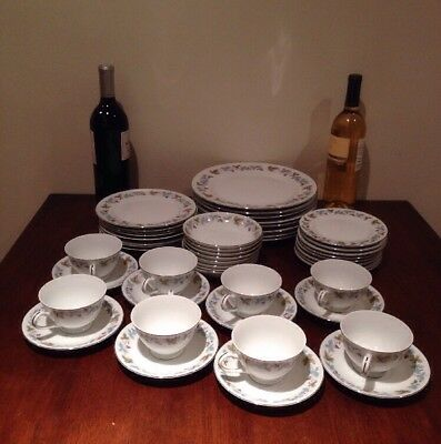 Fine China of Japan - VINTAGE - #6701 - 48 Pcs - Service For 8 - 6 Pc Place Set