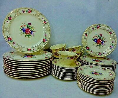 KNOWLES, Edwin china KNO57 DRESDEN FLOWERS pattern 59-piece SET SERVICE for 12