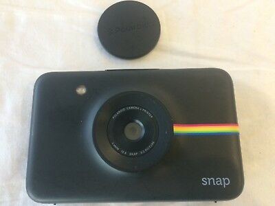 NEW! Polaroid Snap Instant Digital Camera (Black) ZINK Zero Ink Printing Technol