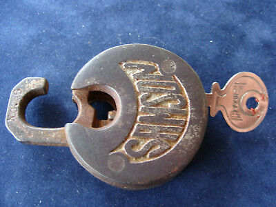 VINTAGE ANTIQUE  U.S. SAMSON LUGGAGE/TRUNK PUSH PADLOCK & KEY No.6