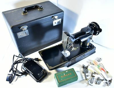 SINGER 1951 Centennial Featherweight 221 Serial AK393335 with Attachments & Case