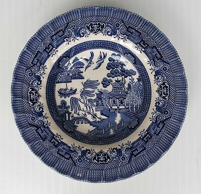 """Wessex Collection Swirl Rim Soup Bowl in Blue Willow 8-3/4"""" - England"""