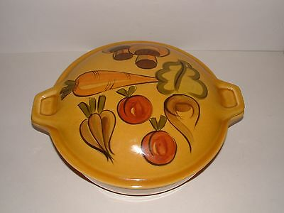 Los Angeles Potteries,1970 - Large Round Ovenware 615 with Lid, pre-owned