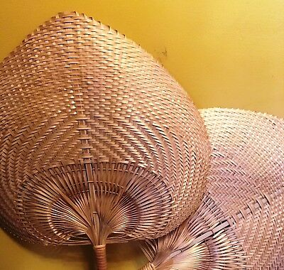 "Pair of Vintage Hand-woven Straw Fans Large Home Decoration Crafts 16"" x 14"""