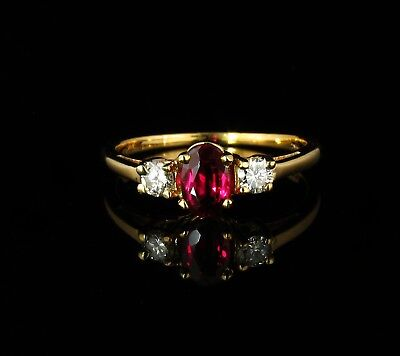VINTAGE ESTATE NATURAL 3/4ctw BURMESE RUBY AND DIAMOND 14K YELLOW GOLD RING