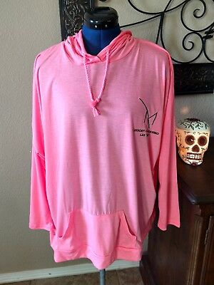 M resort casino las vegas womens sports top pink XL
