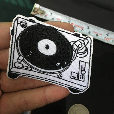1Pc DJ TURNTABLE RECORD Patch PLAYER MUSIC Embroidered Sewing Emblem Custom