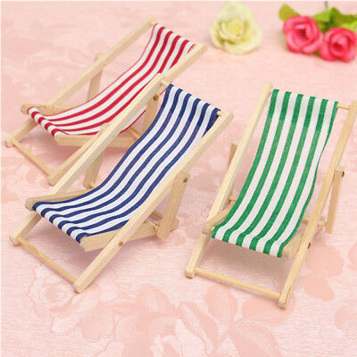 Lovely Dollhouse 112 Scale Miniature Foldable Wooden Deckchair