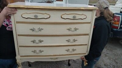 """Vintage French Provincial Style White 4 Drawer Dresser 32""""w x 39""""h x 18""""d"""