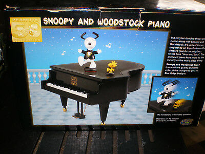Snoopy and Woodstock piano Peanuts 50th celebration in box