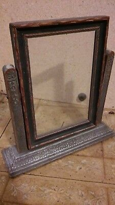 1920s VICTORIAN WOOD STANDING PICTURE FRAME / HOME DECOR / LOG CABIN / ESTATE