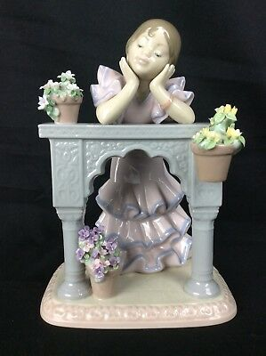 Lladro A PERFECT DAY Figurine #6480 With Box