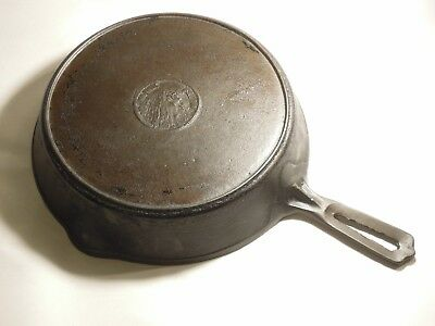 "Vintage WAPAK #8 CAST IRON HOLLOW WARE INDIAN HEAD 10 1/4"" SKILLET W/ HEAT RING"