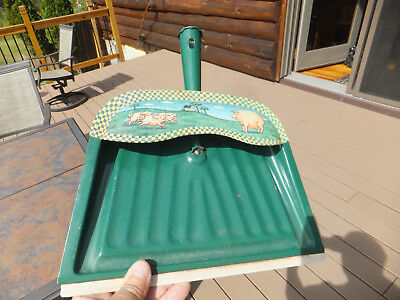 Vintage Green Pig Decorated JV Reed Metal Dustpan Dust Pan Louisville KY USA