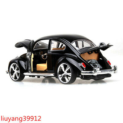 1:18 Volkswagen Beetle Superior 1967 Diecast Model Car Toy Gift Collection