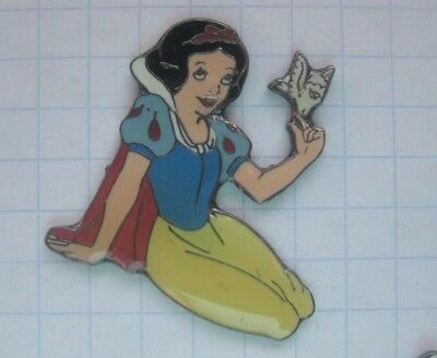 SCHNEEWITTCHEN / SNOW WHITE / DISNEY ....... Film-Comic-Pin (144i)