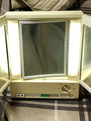 vintage clairol true to light VII 7 4 setting beige make up mirrors with lightin