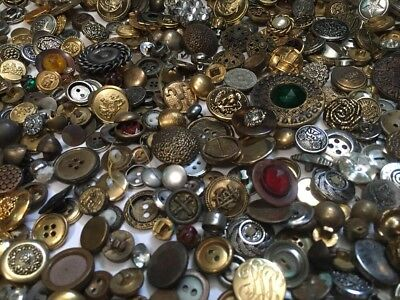 Lot 2.11 Lbs Vintage/Antique Metal Buttons Faux Gold Silver Mirror Picture Sets