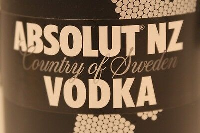 Absolut Vodka NZ New Zealand Second Skin inkl Tag  rar full and sealed