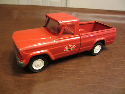 Vintage Cool 1960 Era Tonka Toys Pressed Steel Red Jeep Pickup Pick Up Truck Toy