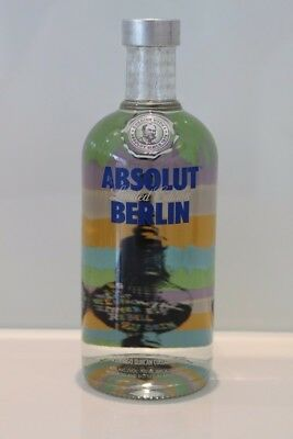 Absolt Vodka Berlin 700 ml full and sealed rar City-Edition
