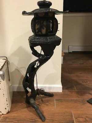 Cast Iron Pagoda Antique Vintage Lamp Outdoor Garden Home Standing Asian Light