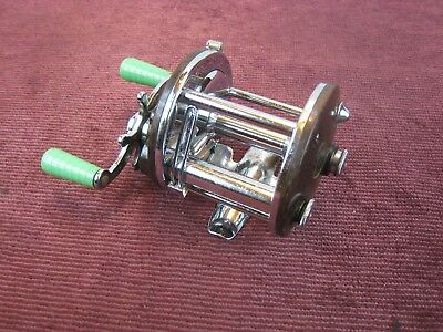Vintage Penn Peer Brown No.109 Level Wind Fishing Reel Salt Fresh Water