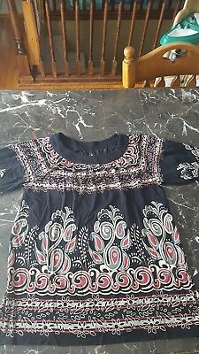 Duo maternity shirt size small short sleeves black & red