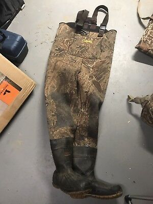 Cabelas 1600 Gram Chest Waders. Duck Blind Camo size 13