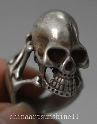 Exquisite Chinese Old Tibet Silve Handmade Carved Skull Ring