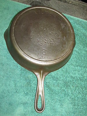 Victor 8 Cast Iron Skillet 722 , Heat Ring,  Cleaned, Seasoned