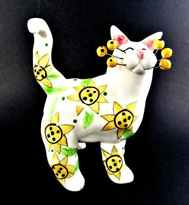 LACOMBE 2002 Willits Designs Yellow Sunflower Cat Figurine marked #86055 (A39)