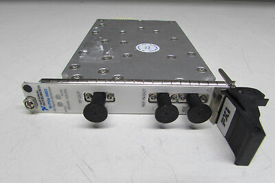 National Instruments NI PXIe-5652 RF and Microwave Signal Generator