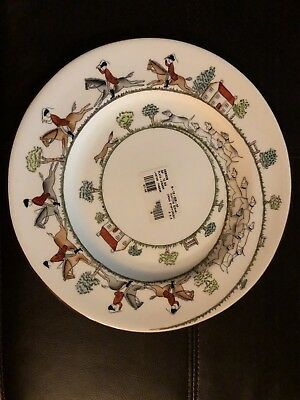 Crown Staffordshire HUNTING SCENE Dinner Plate - Excellent
