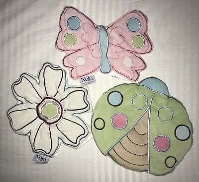 NoJo Ladybug Lullaby 3 Piece Wall Hanging Set Discontinued by Manufacturer New